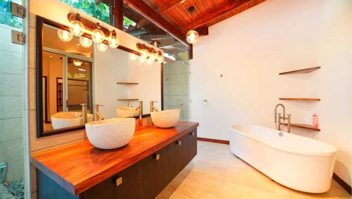 10-Bedroom B&B Investment in Tamarindo - 14