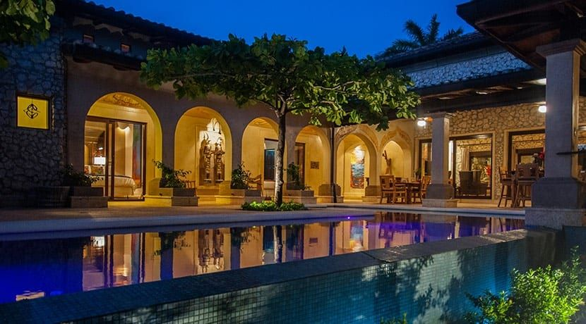 Enchanting Beachfront Residence in Tamarindo - 1