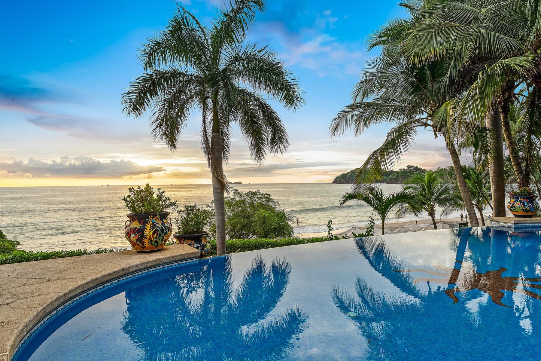 LOCATION! LOCATION! LOCATION!  Oceanfront Paradise in Playa Flamingo