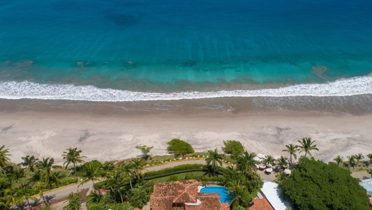 LOCATION! LOCATION! LOCATION! Oceanfront Paradise in Playa Flamingo - 23