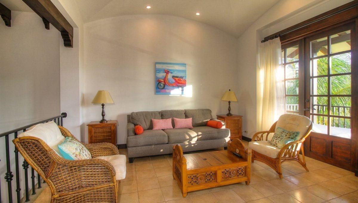 Fresh & Breezy Villa Next to JW Marriott - 1