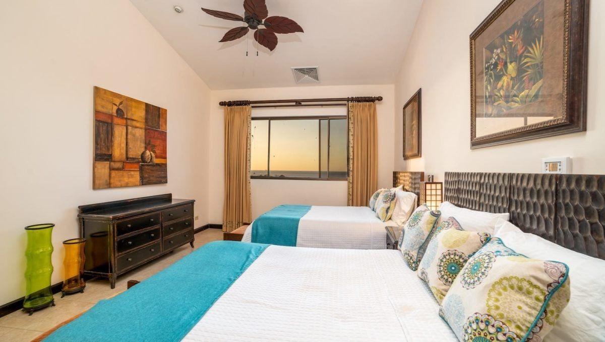 Spectaular 4-Bedroom Penthouse in Reserva Conchal - 10
