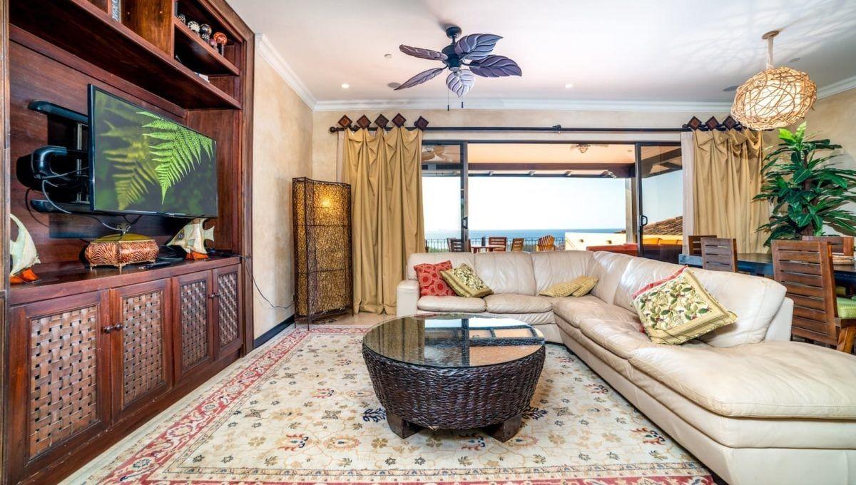 Spectaular 4-Bedroom Penthouse in Reserva Conchal - 16