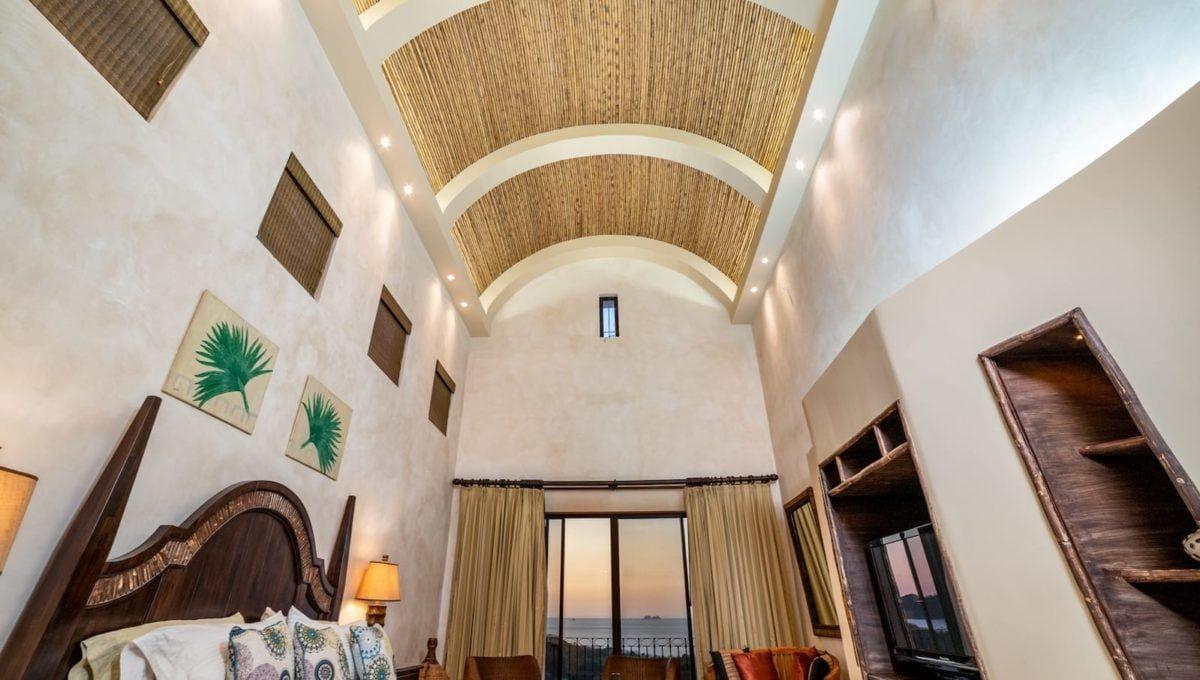 Spectaular 4-Bedroom Penthouse in Reserva Conchal - 2