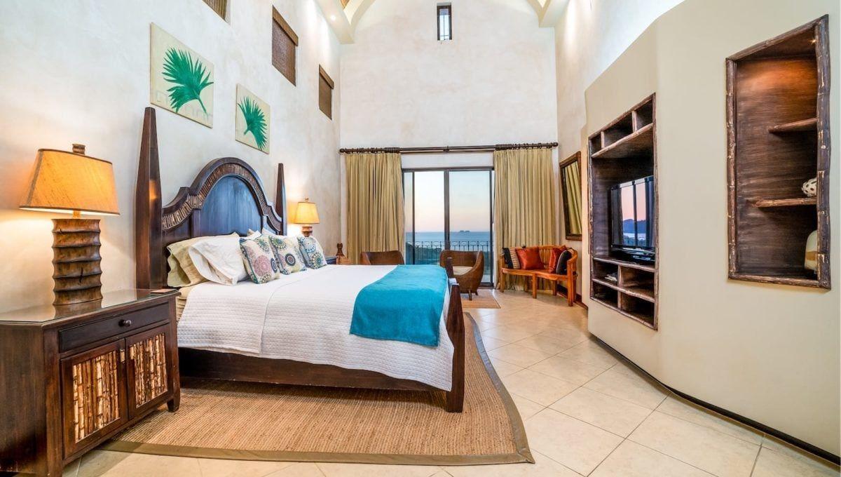 Spectaular 4-Bedroom Penthouse in Reserva Conchal - 6