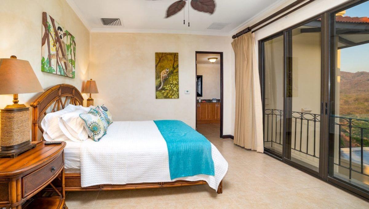 Spectaular 4-Bedroom Penthouse in Reserva Conchal - 9