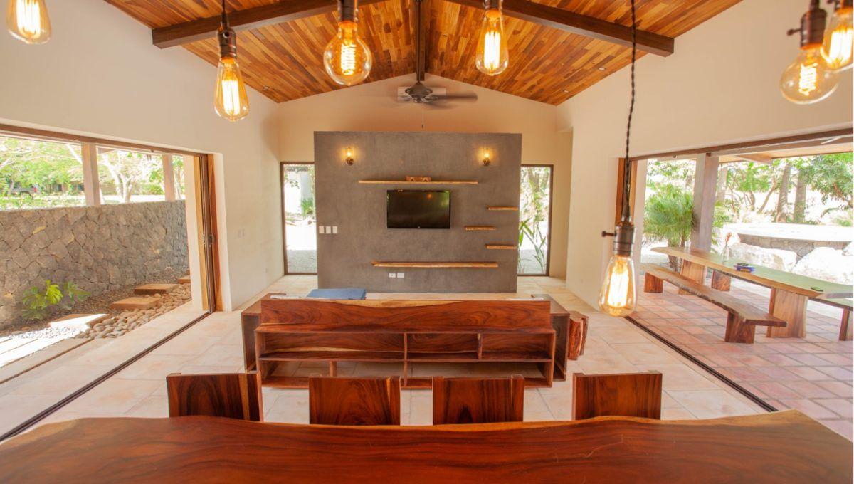 The Pinnacle of Indoor : Outdoor Living in Hacienda Pinilla 12