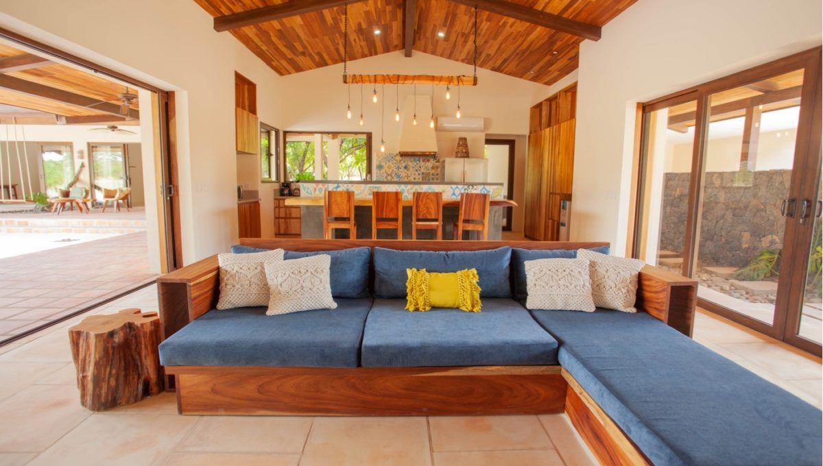 The Pinnacle of Indoor : Outdoor Living in Hacienda Pinilla 14