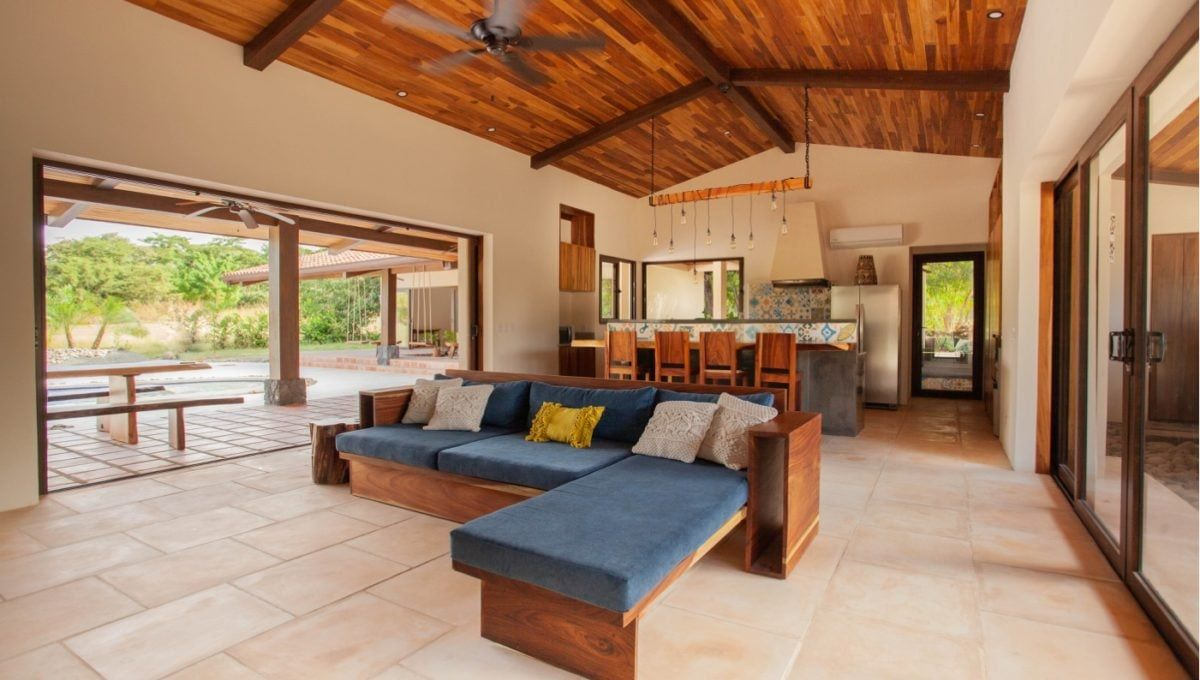 The Pinnacle of Indoor : Outdoor Living in Hacienda Pinilla 16