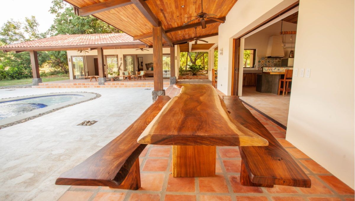 The Pinnacle of Indoor : Outdoor Living in Hacienda Pinilla 24
