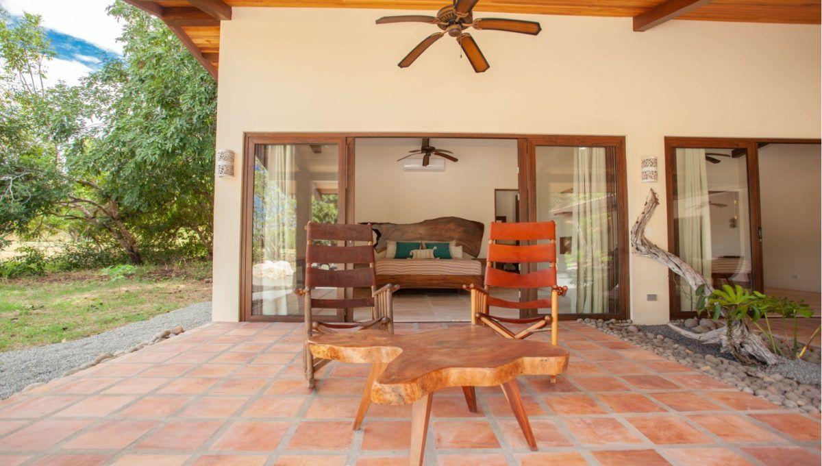The Pinnacle of Indoor : Outdoor Living in Hacienda Pinilla 8